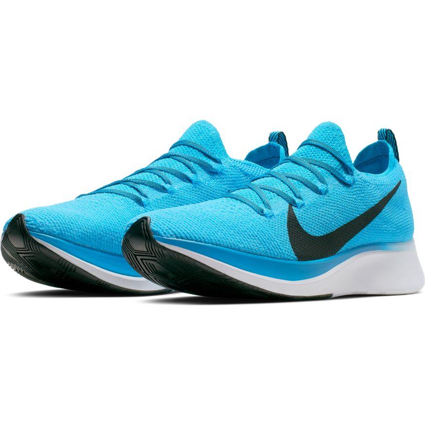 Nike Zoom Fly Flyknit Euro 115,00 scarpe intermedie